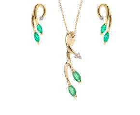 9ct Yellow Gold Emerald & Diamond Pendant & Earrings Jewellery Set