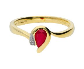 9ct Yellow Gold 0.35ct Ruby & Diamond Ring