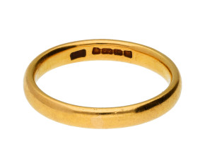 Vintage 1930's 22ct Gold Court 3.0mm Wedding Band