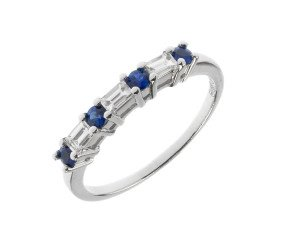 18ct White Gold 0.22ct Sapphire & 0.23ct diamond Ring