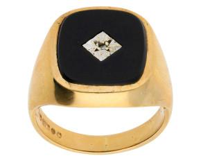 Vintage 1980's Men's Onyx & Diamond Signet Ring