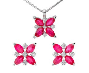 18ct White Gold 1.50ct Ruby & 0.20ct Diamond Flower Cluster Pendant & Earrings Jewellery set