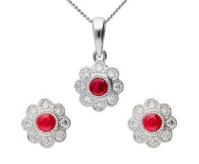 18ct White Gold Ruby & Diamond Cluster Earrings & Pendant Jewellery Set
