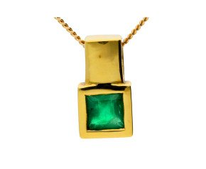 18ct Yellow Gold 0.35ct Square Emerald Solitaire Pendant