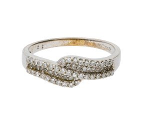Pre-owned 9ct White Gold 0.30ct Diamond Crossover Ring