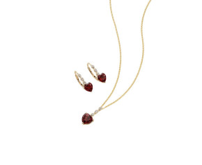 9ct Yellow Gold Garnet Heart Pendant & Earrings Set