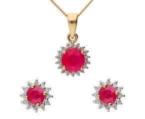 9ct Yellow Gold 1.05ct Ruby & Diamond Cluster Pendant & Earrings Jewellery Set