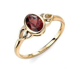 9ct Gold Garnet Celtic Dress Ring