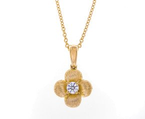 18ct Yellow Gold 0.10ct Diamond Flower Pendant