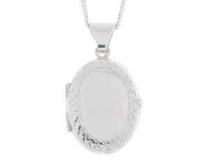 Silver Oval Diamond Cut Locket