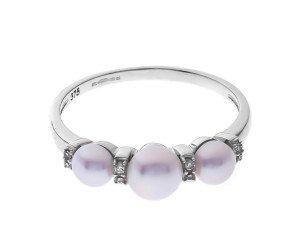 9ct White Gold Pearl & Diamond Ring