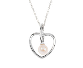 9ct White Gold Pearl Heart Pendant