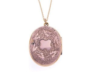 "Antique Victorian Painted ""Souvenir"" Front & Back Locket"