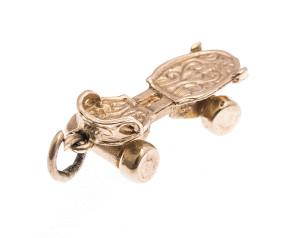 Vintage 9ct Gold Roller Skate Charm