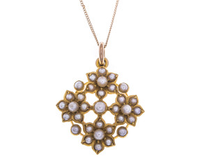 Antique Edwardian 15ct Gold Seed Pearl Quatrefoil Daisy Pendant