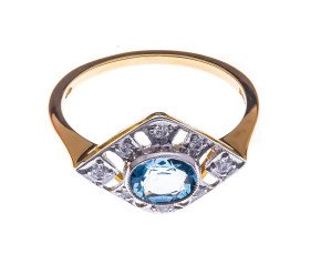 18ct Gold 0.50ct Aquamarine & Diamond Dress Ring