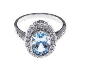 18ct White Gold 2.04ct Aquamarine & Diamond Dress Ring