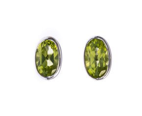 9ct White Gold 0.30ct Oval Peridot Solitaire Stud Earrings