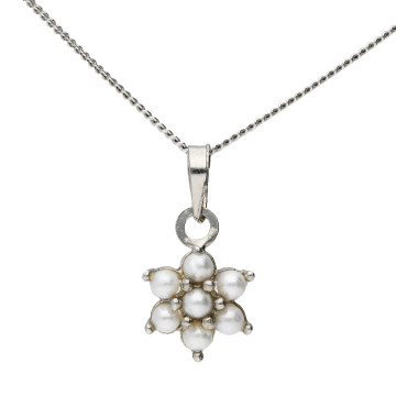 9ct White Gold Freshwater Seed Pearl Flower Pendant