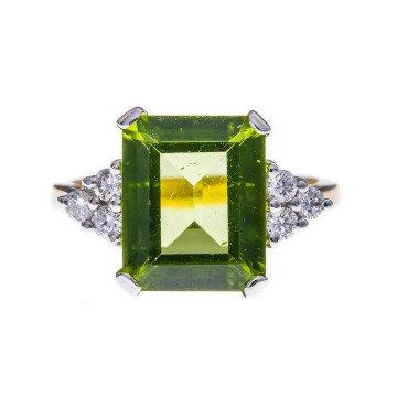 18ct Gold 4.03ct Peridot & Diamond Dress Ring