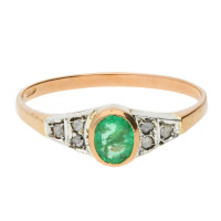 Handcrafted Italian 0.45ct Emerald & Diamond Ring