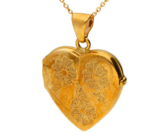9ct Yellow Gold Floral Heart Locket