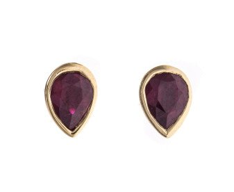 18ct Yellow Gold 0.78ct Pear Ruby Solitaire Stud Earrings