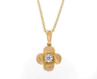 18ct Gold 0.10ct Diamond Flower Pendant
